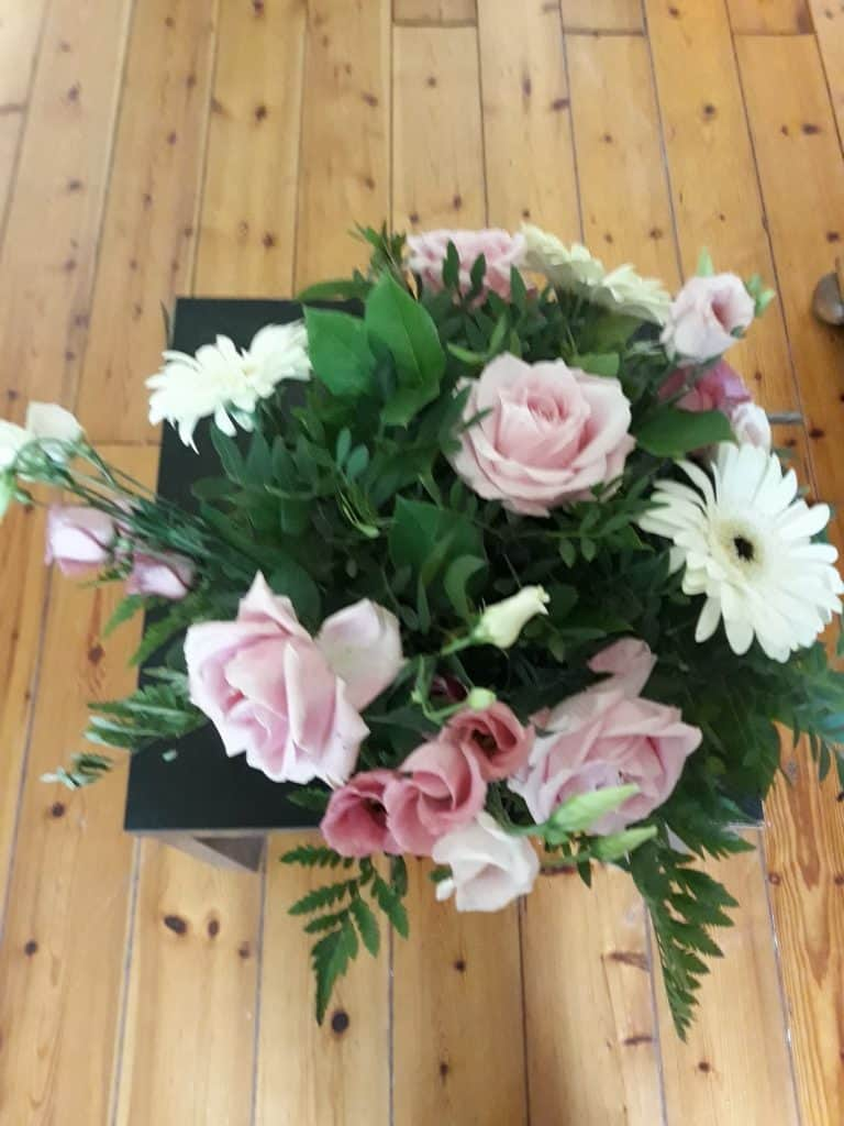 Birthday Flowers Juust